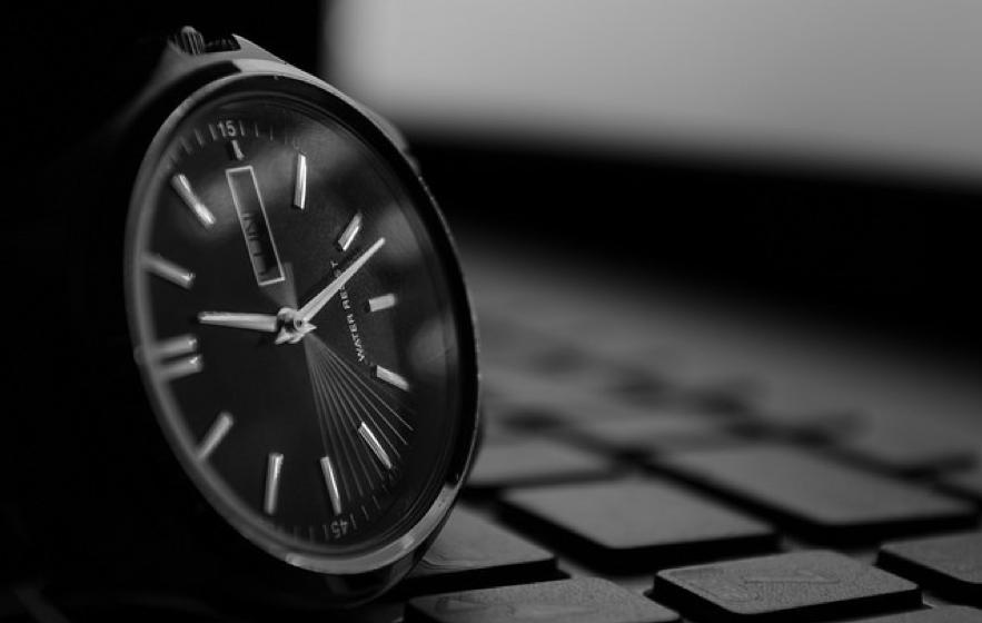 お洒落な時計の写真
