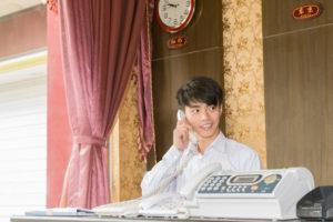中国人と電話