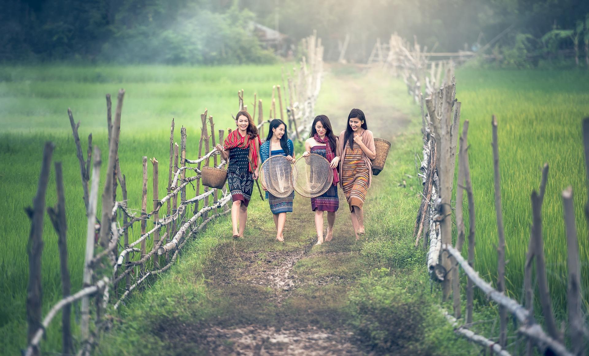ベトナム女性たち