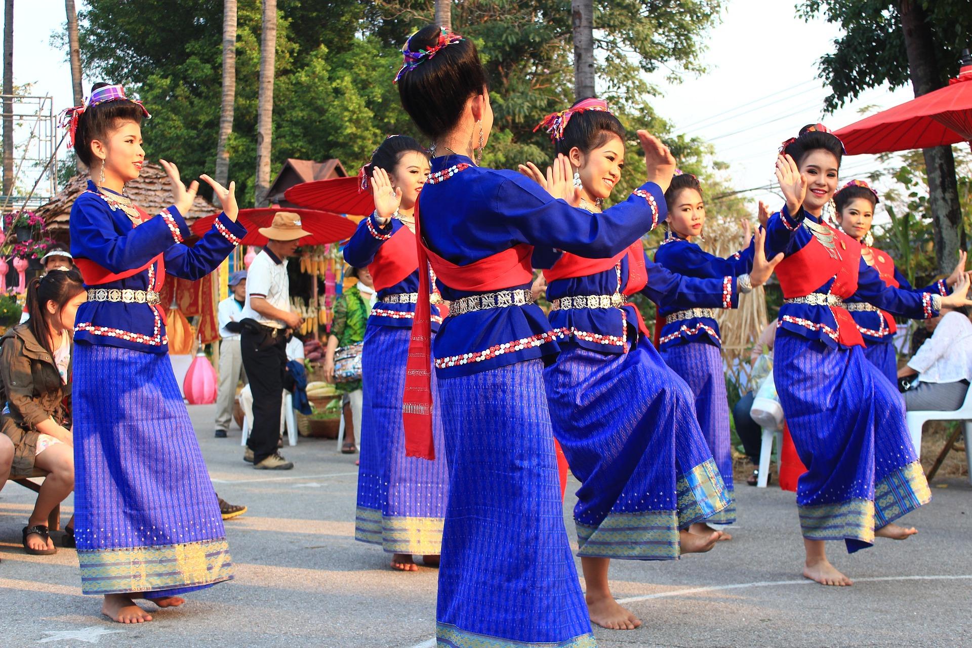 タイの女性ら