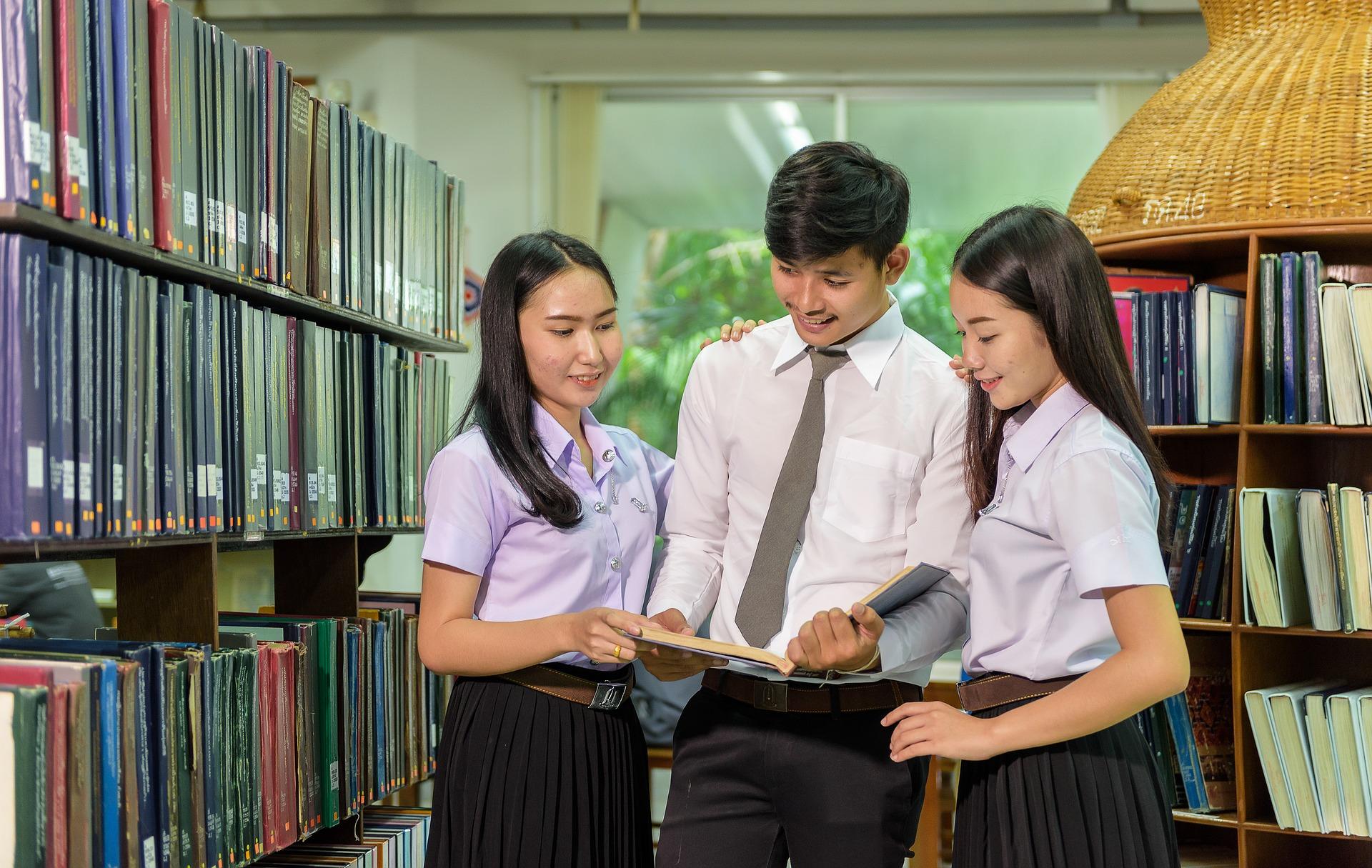 マレーシア人 学生