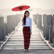 ベトナム女子