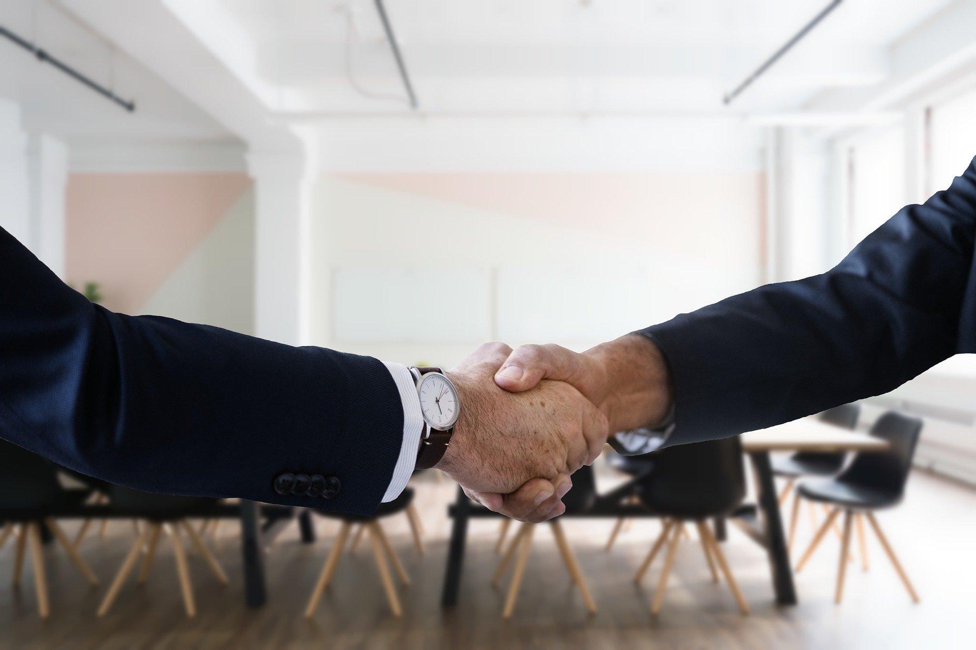 決定の握手